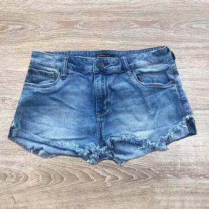 STS blue Frayed boho denim shorts size 27